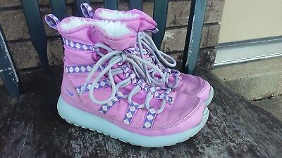 Girl's Nike Rosherun Hi Pink & Purple Lace Up Sneaker Boots Fur Lined Sz 2 Youth