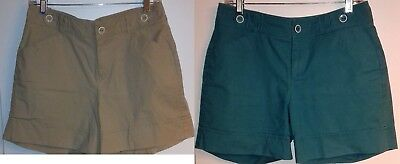 2 Dockers Shorts Mid Rise Curvy Size 8