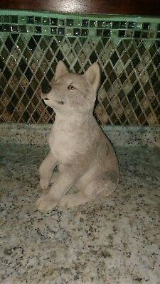 sandicast wolf gray pup. Life size discontinued and collectible. Very rare!!!