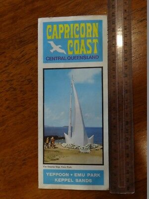 1 x OLD RETRO CAPRICORN COAST CENTRAL QUEENSLAND TRAVEL GUIDE / BROCHURE / MAP