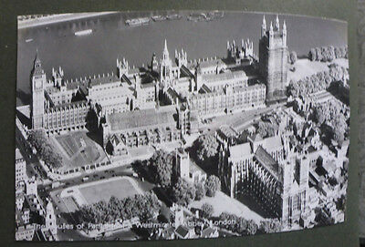 Vintage British Postcard - Houses Of Parliament & Westminster Abbey