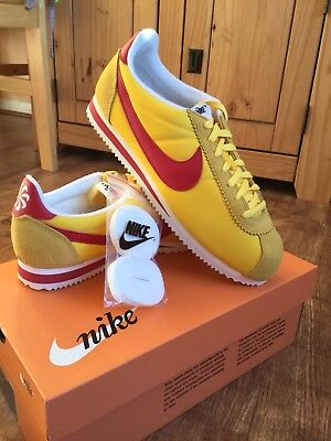 Genuine Nike Classic Cortez Nylon Aw Mens Trainer Uk Size 9 Yellow Red