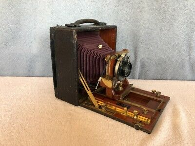 Antique Folmer & Schwing Graphic Camera U.S.R.S. 2600 with lens