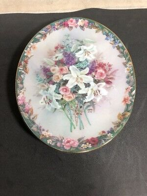 Lena Liu Oval Collector Everlasting Floral Cameos Flowers Plate # 6220 B