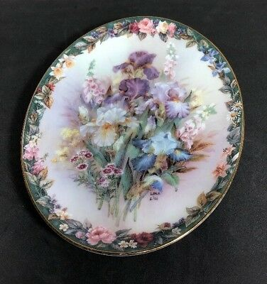 Lena Liu's Floral Cameos Cherished Collector's Plate # 6627 A