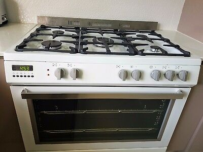 Technika Free Standing Lpg Electric/gas Oven (White) In Great Working Condition