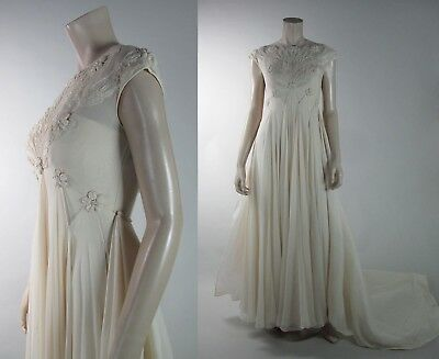 Exquisite 1960's Candlelight Silk Chiffon Wedding Gown With Train And Veil