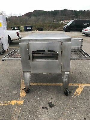 Lincoln Impinger Conveyor Pizza Oven with matching Hood (Model 1450, gas)