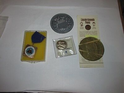 Coin Store Closet Clean Out Tokens / Medals / Coins  ......1044