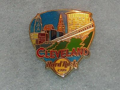 *Hard Rock Cafe Cleveland 2017 3D Core Greetings From Guitar Pick Series Pin