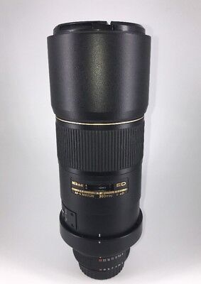 Nikon Nikkor 300mm f/4.0 D ED IF Lens