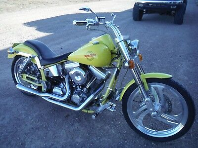 2000 Harley-Davidson Softail  2000 TITAN PHOENIX CUSTOM!! BEAUTIFUL CONDITION!! NO RESERVE! DON'T MISS!!!!