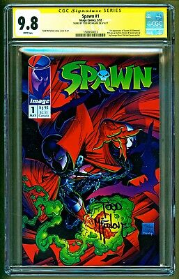 Spawn #1 (1992 Image) 1st appearnace of Al Simmons Signed Todd McFarlane CGC 9.8