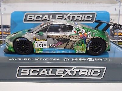 Slot Car Scalextric 1:32 Audi R8 LMS Ultra Bathurst 12hr 2015