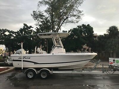 2012 PRO LINE BOAT CO  20 SPORT Only 136 hours
