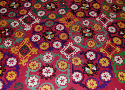 Large Uzbek Hand Embroidered Silk On Cotton Old Suzani Of Baysun Te-283