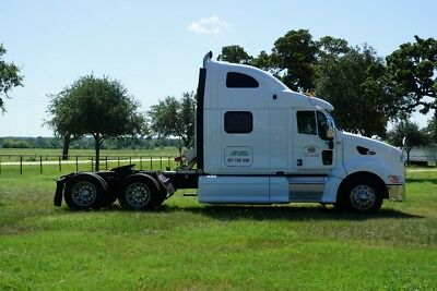Peterbilt 387 2010 Ultracab 525400 Miles