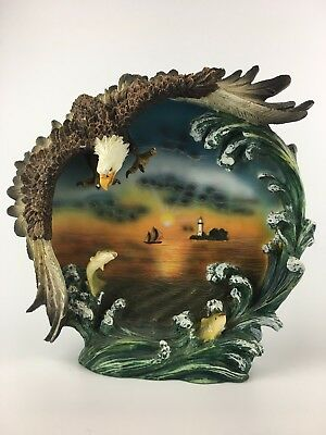 Figurine Beautiful Classic Wildlife Collection Eagle Plate Home Office Decor