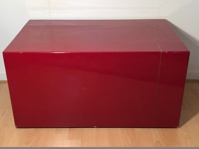 Table basse / Bloc/ Podium / Socle laqué rouge Chine *Vintage* '70s Lage tafel