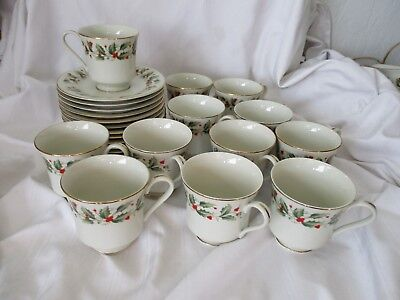 Royal Gallery Macy's lot of 12 cups saucers Holly 6283 Christmas green red