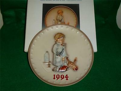 """Hummel Annual Plate 1994  #290 """"  DOCTOR  """"   MINT"""