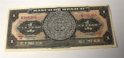 Mexico 1 Pesos Currency Note---Circa 1961----Crisp Clean Note----free ship