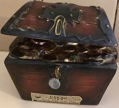 1979 Jim Beam Vintage Decanter / Pirates Treasure Chest / Genuine China / Rare /
