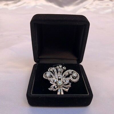 Magnificent French Art Deco Platinum Diamond Brooch