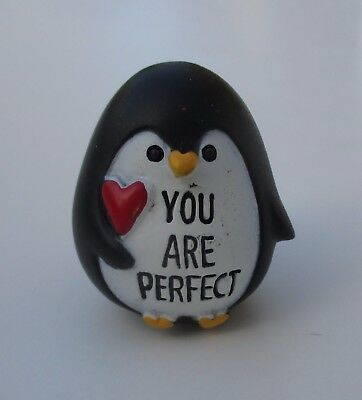 dd You are perfect A PENGUIN KIND OF LOVE Stone figurine Ganz Valentine's day