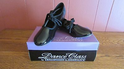 Woman's Tap Shoes - Black Size: 5.5 - Dance Class by Trimfoot Company NEW in Box
