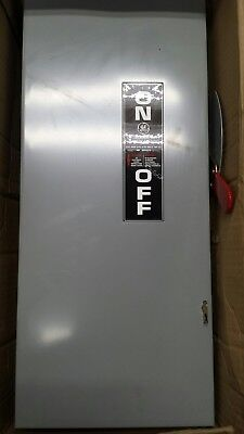 GE General Electric General Duty Safety Switch TG3223 100 Amp 240 Volt Fusible