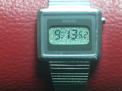 1979 Seiko L221-5000 Women's LCD Digital Watch With New Battery Keeps Time Rare!