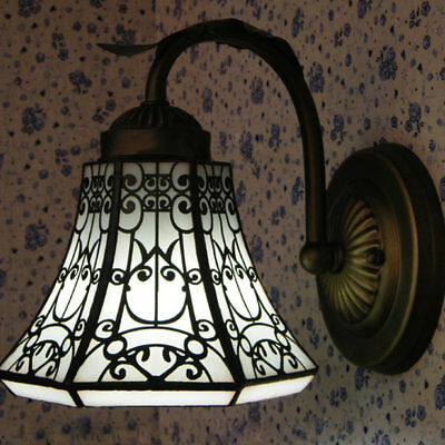 Vintage Wrought Iron Wall Sconce Light Fixture Indoor Wall Lamp in Tiffany Style