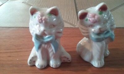 Vintage Ceramic White Cats Kittens Salt and Pepper Shakers Made in Japan