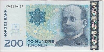 NORWAY BANKNOTE P50g 200 KRONER 2014 PREFIX F,MACHINE COUNT MARKS ON BACK,UNC