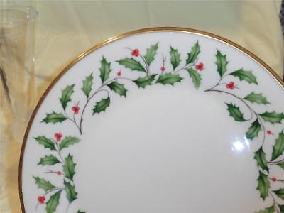 Lenox Holiday Dinner Plate 10.75  GUC Holly u0026 Berries Christmas & LENOX HOLIDAY CHRISTMAS China Dinner Plate Holly Berry - $9.99 ...