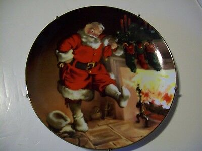 """""""SANTA BY THE FIRE""""~Collector Plate~1st Sundblom Series~Knowles~HANGER~BOX~COA"""