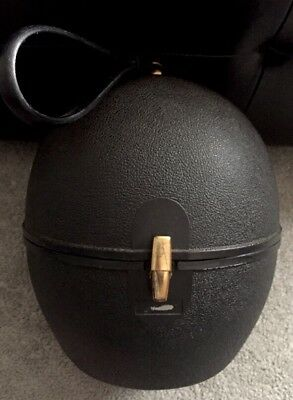 Vintage wig/hat travel case hard plastic Black.