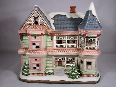 1995 Lefton Colonial Village Limited Edition Wycoff Manor Lighted House