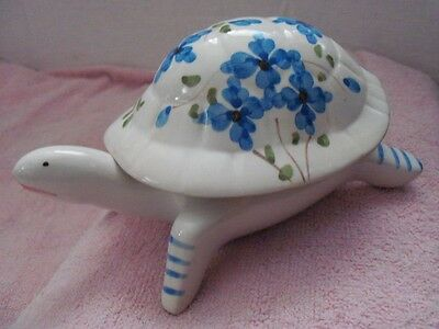 CERAMIC PORCELAIN TURTLE TRINKET BOX w/LID - WHITE w/BLUE FLOWERS - PORTUGAL