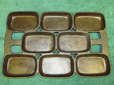 Antique Unmarked 7 Cast Iron Gem Pan, Gate Marks Cleaned, Seasoned,  #4