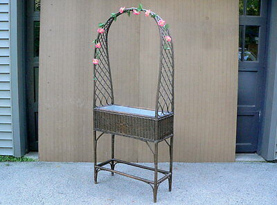 Vtg Antique ARCHED TOP Garden Plant Stand WICKER PLANTER w metal planter box