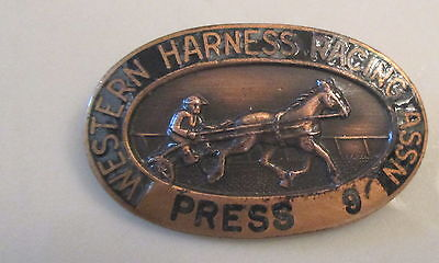 VINTAGE 1950s HORSE RACING WESTERN HARNESS Association Press PIN