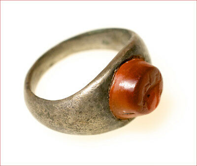 Roman silver seal ring with intaglio. 2.3rd century A. D. 7863