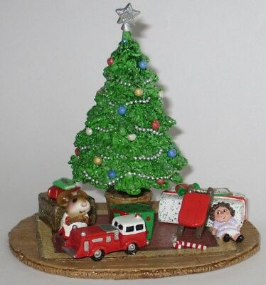 Wee Forest Folk - A-11a MERRY CHRISTMAS MORNING, retired