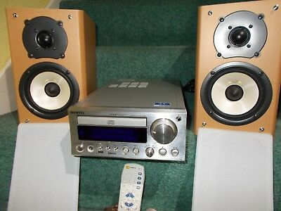 Onkyo CR-505 DAB/CD/AMPLIFIER combo with 2 x Onkyo speakers & remote control