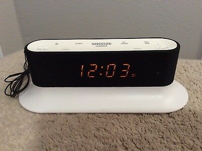 ONN FM Alarm Clock Radio Dual Alarm/Sleep Function. LED Display. Works Great.