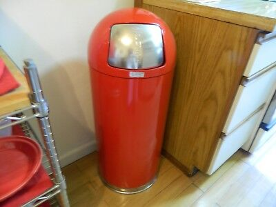 United Receptacle Fire Fighter Self Extinguishing Trash Can RED Bullet Style