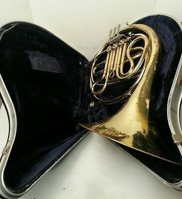 Vintage CG Conn USA 14D Single French Horn W Mouthpiece & Case 1970 ser.# N11590