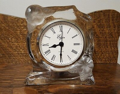 ELGIN QUARTZ MANTLE DESK CLOCK  Clear Glass with Frosted Floral Pattern A228